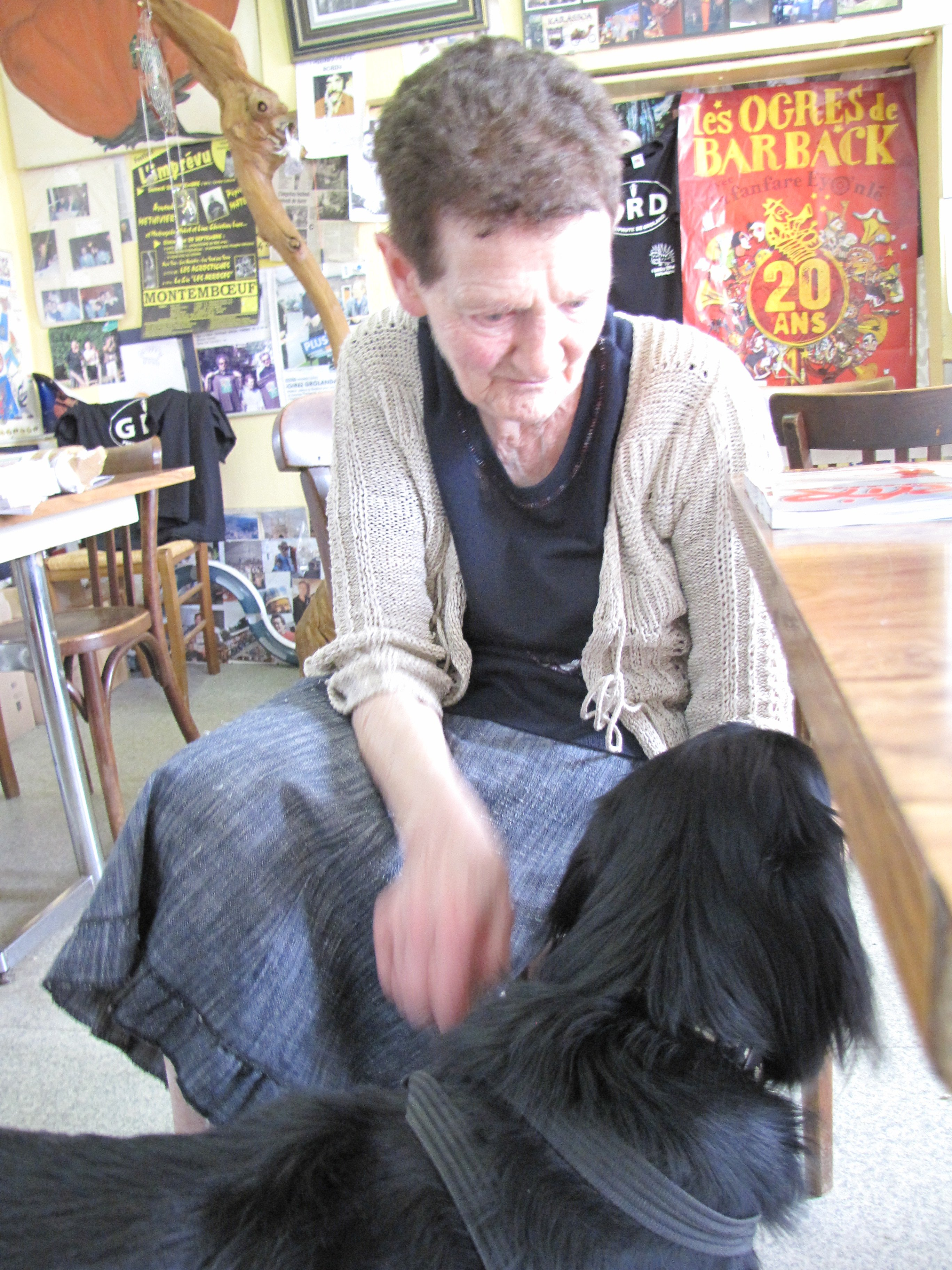 27 jean louis murat et sa rencontre avec mamie mamie jean louis murat. Black Bedroom Furniture Sets. Home Design Ideas